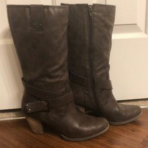 Stack heeled brown boots